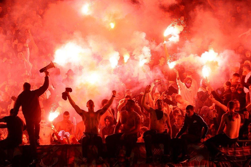 Afbeeldingsresultaat voor voetbalhooligans