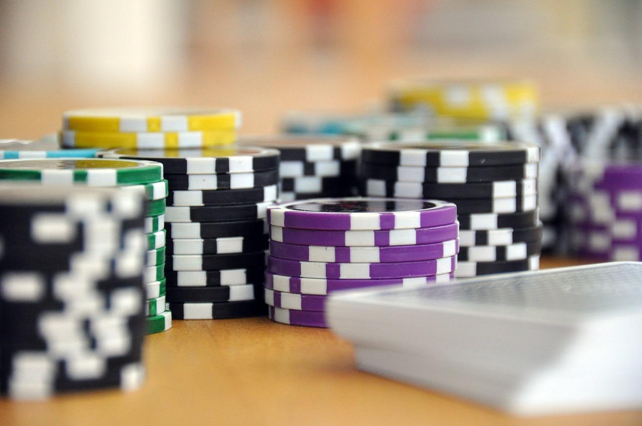 pokeravond-vrienden