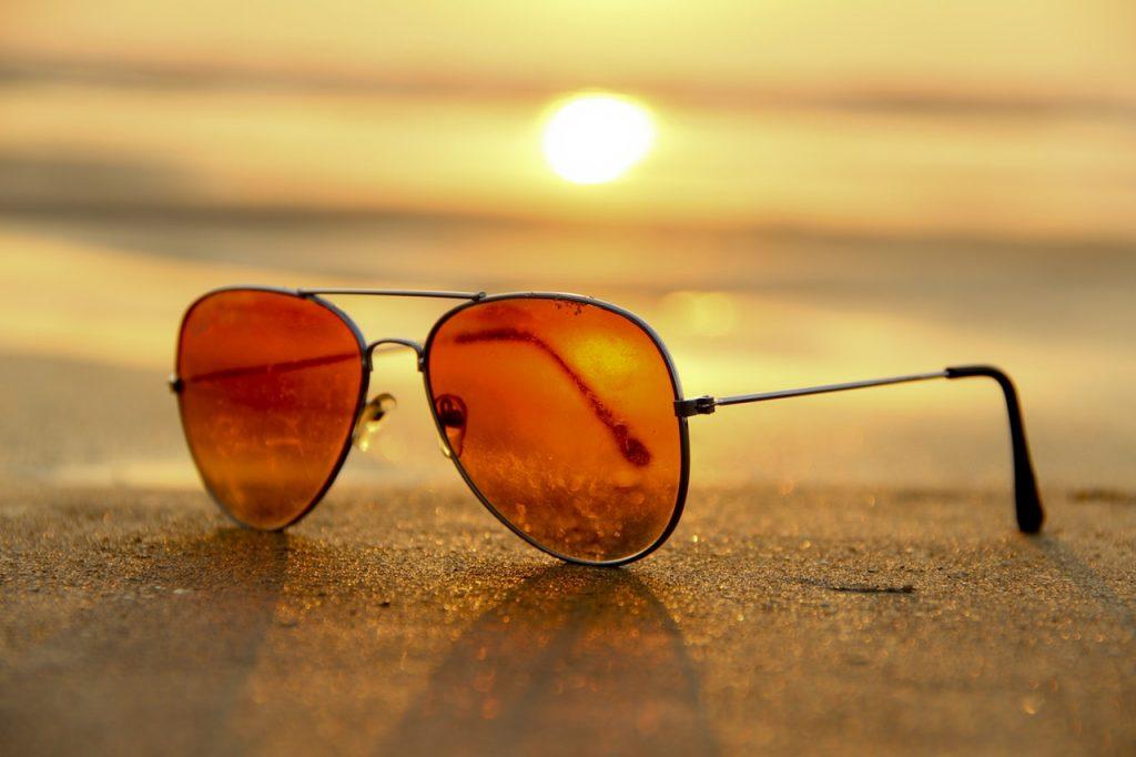 man-zomer-zonnebril