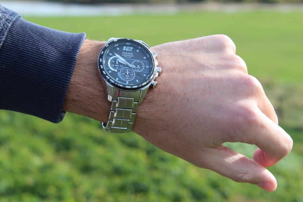 Pulsar Accelerator horloge 2