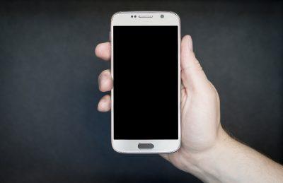 Als je voorzichtig ben voor je telefoon, kun je hem na gebruik nog aardig verkopen.