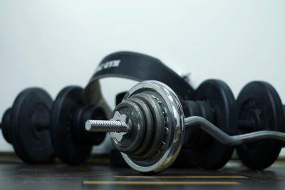 Noten geven je een beter uithoudingsvermogen en stimuleren de aanmaak van spierweefsel.