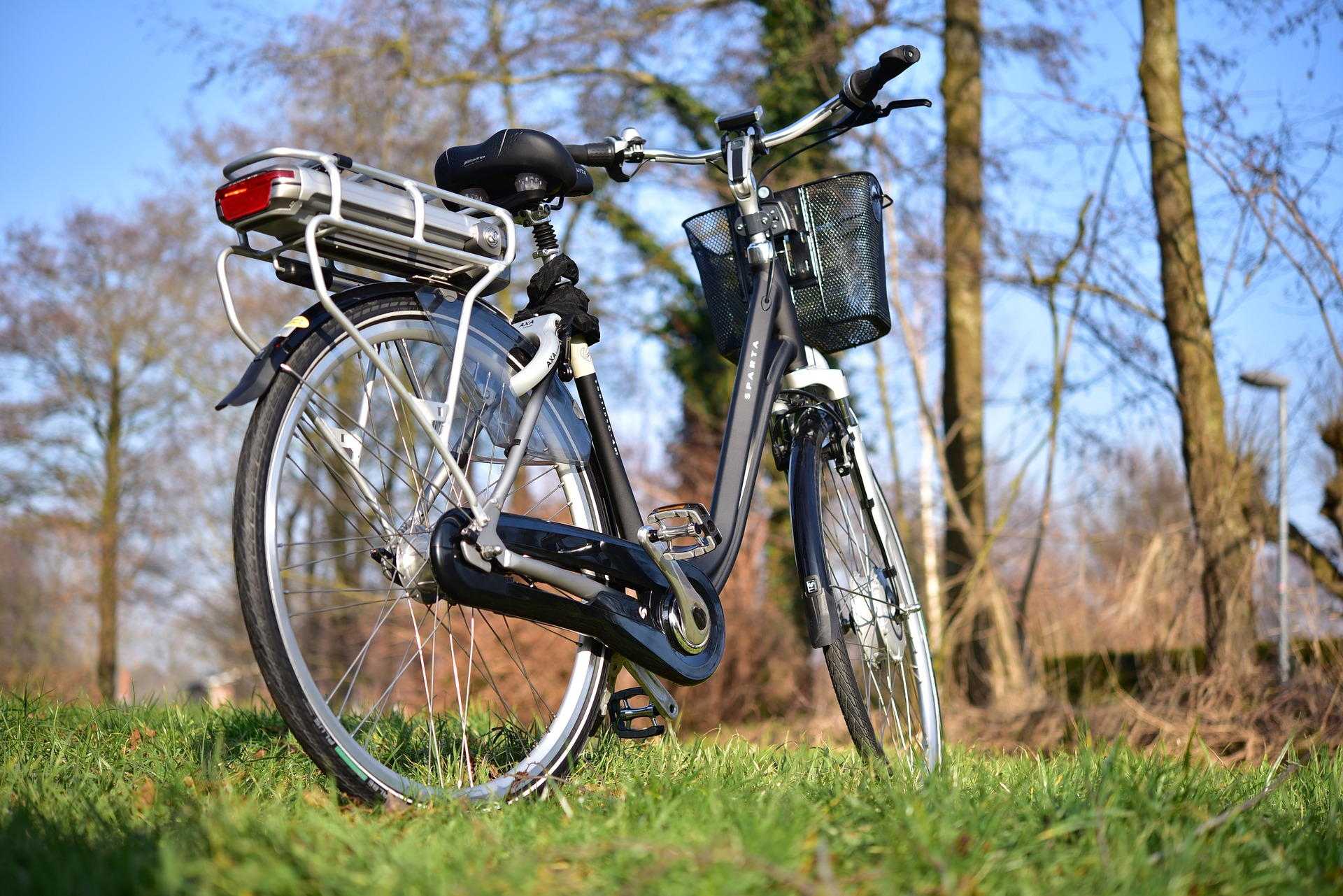 Bij een high-speed e-bike moet je wel een helm op.