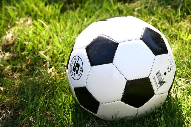 Buiten voetbal spelen