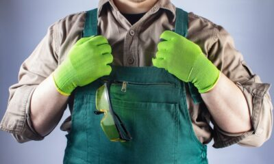 Maakt werkkleding ook de man