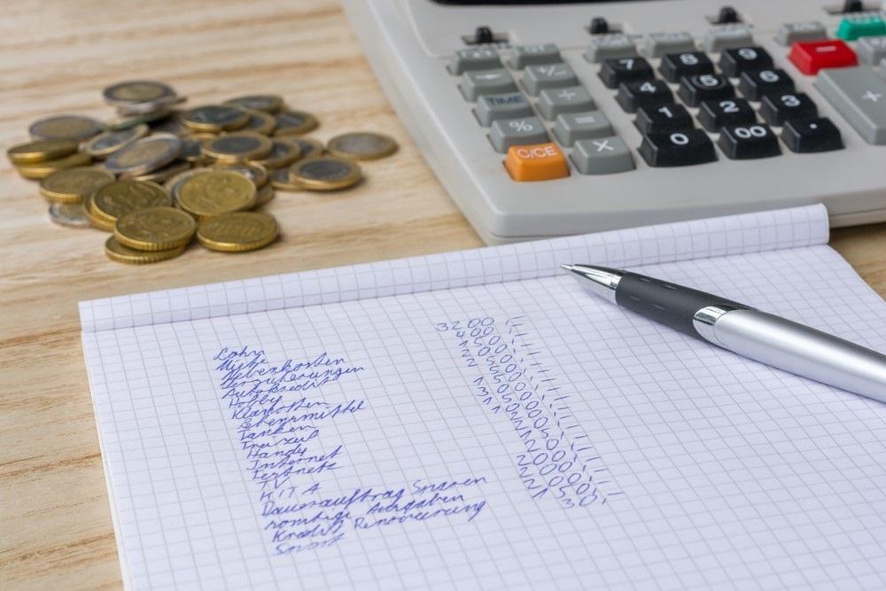 Zet je inkomsten en uitgaven op een rijtje in een huishoudboekje