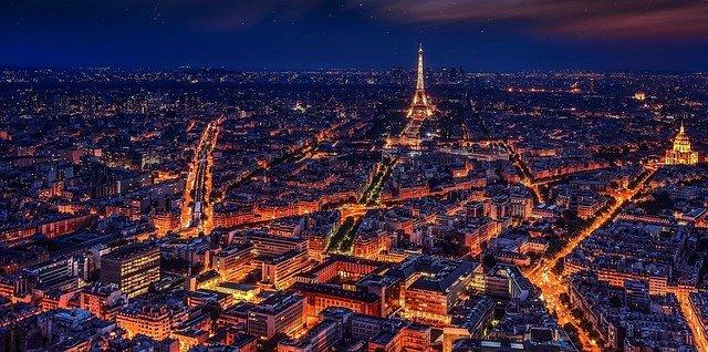 De giga stad Parijs. De grootste steden in Europa